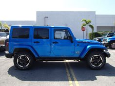 2014 Jeep Wrangler Unlimited Polar in Hydro Blue