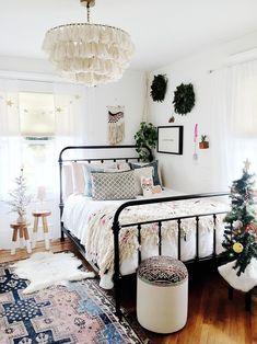 Cute Dorm Rooms, Cool Rooms, Modern Bedroom, Bedroom Decor, Bedroom Ideas, Master Bedroom, Contemporary Bedroom, Master Suite, Bedroom Brown