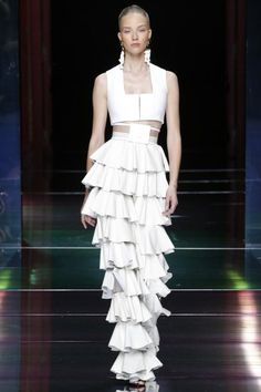 PFW: Balmain's Impeccably Sensual S/S16 RTW Collection | White Crop Top and Tier Ruffle Skirt | The Luxe Lookbook