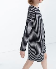 Image 4 of DRESS WITH FRONT POCKETS from Zara