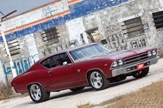Sucp_1101_01 1969_chevy_chevelle_SS Right_side_angle