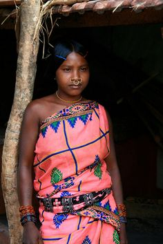 India | Young Kondh woman standing.  Orissa | ©Philippe Guy