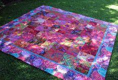 Plain Jane Creations: Kaffe Fassett Quilt - hardly plain Batik Quilts, Scrappy Quilts, Easy Quilts, Applique Quilts, Patchwork Quilting, Quilting Projects, Quilting Designs, Patch Quilt, Quilt Blocks