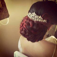 Bridal hair by Elena Karagianni