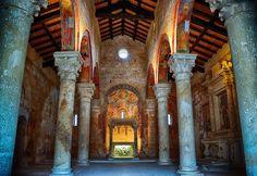 Cerrate e Acaya piccoli borghi in Salento. Un soggiorno presso la Tenuta Monacelli & Masseria Giampaolo,vi consentirà di poter ammirare due antichi borghi.