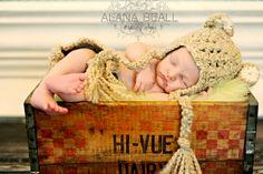 Baby boy newborn photography by Vanity's Edge / Alana Beall, via Flickr.