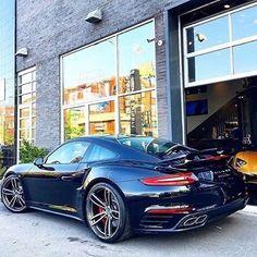 Porsche 911 Turbo ...