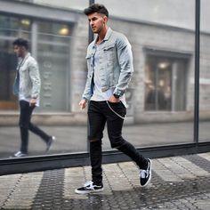 "1,424 Likes, 85 Comments - Markus Enriquè (@_donthiago_) on Instagram: ""O.O.T.D✌ __________________________________________ #fashion #fashionblog #fashionista…"""