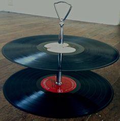 DIY Vinyl Record Cake Stand (easiest DIY ever!!)