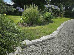 Idée bordure jardin : plus de 50 propositions pour votre extérieur
