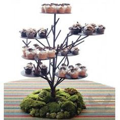 Large Willow Iron Branch Party Tree - Cupcake Tree Large Twig Cupcake Tree] : Wholesale Wedding Supplies, Discount Wedding Favors, Party Favors, and Bulk Event Supplies Cupcake Tree, Cake And Cupcake Stand, Cupcake Display, Fun Cupcakes, Wedding Cupcakes, Wedding Cake, Cupcake Holders, Large Cupcake, Simple Cupcakes