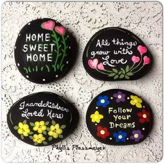 150 Unique and Incredibly Awesome DIY Painted Rock Ideas that Would Challenge Your Creative Skills and Sparks Pebble Painting, Pebble Art, Stone Painting, Diy Painting, Rock Painting Ideas Easy, Rock Painting Designs, Stone Crafts, Rock Crafts, Art Crafts