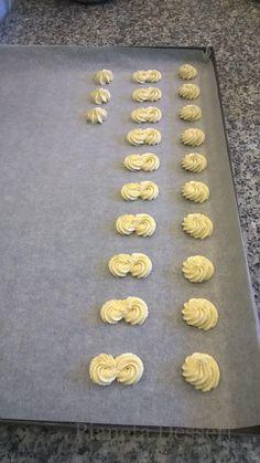 Italian Bakery, Italian Pastries, Italian Desserts, Mini Desserts, Cookie Desserts, Cookie Recipes, Biscotti Cookies, Galletas Cookies, Cake Cookies