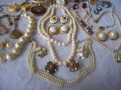Vintage to Now Jewelry Lot LC Avon Trifari Tanner Carolee Marhill Dora +