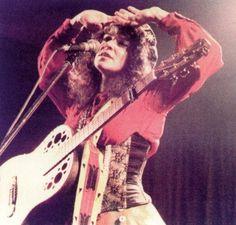Melanie SAFKA_06 Melanie Safka, Joan Baez, Bohemian Flowers, Fleetwood Mac, Stevie Nicks, Music Stuff, Woodstock, Beautiful People, Dreadlocks