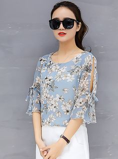 Women& Going out Street chic Loose Blouse - Floral Basic Blue XXL / Spring . Kurta Designs, Street Chic, Outfits Primavera, English Dress, Korean Blouse, Black Crochet Dress, Sleeves Designs For Dresses, Blouse Models, Summer Blouses