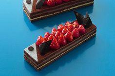 アンリ・シャルパンティエより鯉のぼりのケーキ「タンゴ」全国で発売 - 金粉で華やぐ祝いの日 | ニュース - ファッションプレス