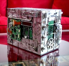 20 Creative and Cool Ways To Reuse Old Computer Parts Part - Choose the Best Website Hosting with uptime. The best security that no one can hack to your hosting - Cheap Hosting, Tech Art, Electronic Parts, Recycled Art, Reuse, Diy And Crafts, Projects To Try, Geek Stuff, Crafty