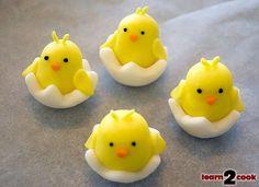 Fondant Easter Figures - Chick Easter Cake Fondant, Easter Cake Pops, Easter Bunny Cake, Fondant Cake Toppers, Easter Cupcakes, Fondant Cupcakes, Easter Cookies, Easter Party, Cupcake Toppers