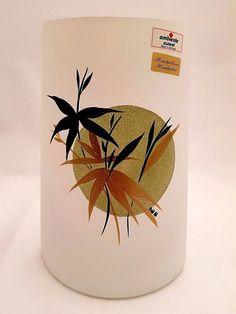 Vase Opal-Glas bemalt grün - Handarbeit/mundgeblasenes Hüttenglas -Unikat Planter Pots, Canning, Ebay, Environment, Bubbles, Handarbeit, Home Canning, Conservation