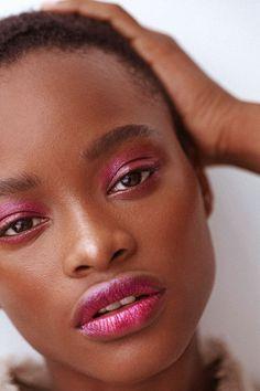 Six Metallic Makeup Looks To Try   Into The Gloss