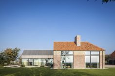 Residence DBB / Govaert & Vanhoutte architects – nowoczesna STODOŁA | wnętrza & DESIGN | projekty DOMÓW | dom STODOŁA