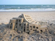 Amazing Geometric Sandcastles By Calvin Seibert http://designwrld.com/geometric-sandcastles-calvin-seibert/
