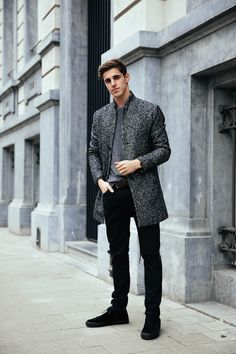 Classy grey over black men's oufit