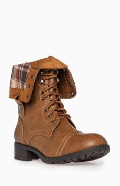 I would love this boot for the summer! Definitely on my shopping list!
