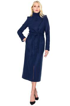 0cad7764bee9 Long blue coat by Stefanie Renoma. Long manteau bleu ceinturé à col haut Stefanie  Renoma