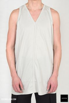 Woven top JT 41 DINGE Cotton Rick Owens - Walrus - Made in Italy Model is wearing size L. Rick Owens, Beige, Model, How To Wear, Cotton, Clothes, Collection, Tops, Fashion