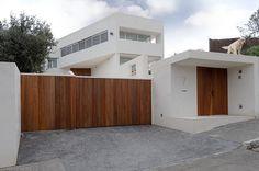 Valdemorillo House by Otto Medem Arquitectura