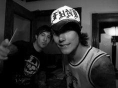 Syn and Zacky V. Yum, Hi boys