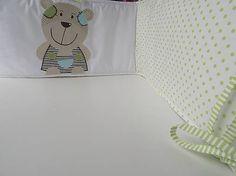 Mantinel do detskej postieľky s medvedíkom