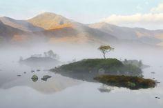 Tajemnicza mgła - jak fotografować mgliste krajobrazy