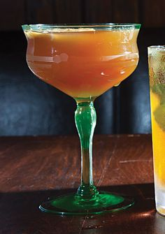 Whiskey and Bourbon Cocktails - Photo Gallery - Photo 23 | SAVEUR.com  Perfect for this evening!