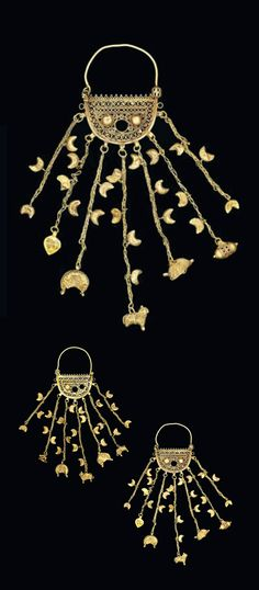 Seljuk Iran or Fatimid Egypt | Pair of gold earrings | ca. 11th - 12th century | 6'250£ ~ sold (Oct '13)