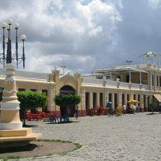 Mercado Municipal Antônio Franco, excelente para comprar artesanatos. http://emaju.com.br/empresas/mercado-municipal-antonio-franco/