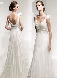 This dress is gorgeous and eventhe styling of the model's hair would go beautifully with my tiara.
