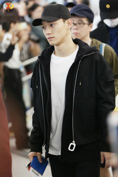 Hong Kong Airport to Incheon 151203 : Chen Chansoo, Exo Chen, Incheon, What Is Life About, Gorgeous Men, Baekhyun, Bomber Jacket, Leather Jacket, Kpop