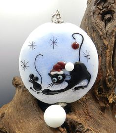 GLASSACTCC~Cat and Mouse Christmas~Handmade Lampworked Glass Beads Jewelry SRA