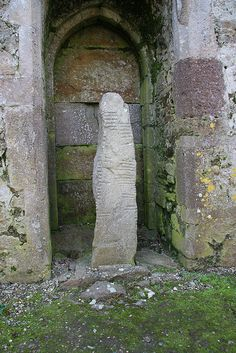 Ogham Stone, Ardmore, County Waterford, Ireland - Stones written with the Ogham alphabet have been found in several places in the United States. Art Ancien, England Ireland, Republic Of Ireland, Emerald Isle, Cairns, Ireland Travel, British Isles, Waterford Ireland, Statues