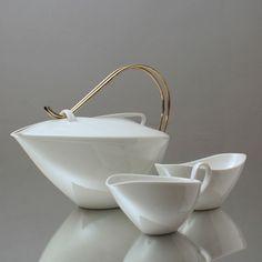 Vase Deco, Tea Tins, Tea Pot Set, Teapots And Cups, Tea Art, Coffee Set, Pottery Bowls, Messing, Modern Ceramics
