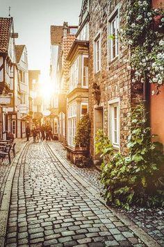27 adventure you need to take in your twenties | travel | travelling | travel blogger | Adventure | #travel #Adventure https://drewbinsky.com/