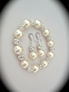 Pearl bracelet and earring set  Chunky  by QueenMeJewelryLLC, $62.99