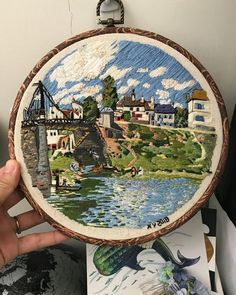 I haven't embroidered for a long time, this is my favorite embroidered work! Hand Embroidery Art, Creative Embroidery, Modern Embroidery, Cross Stitch Embroidery, Embroidery Patterns, Knitting Blogs, Crochet Art, Diy Arts And Crafts, Cross Stitching
