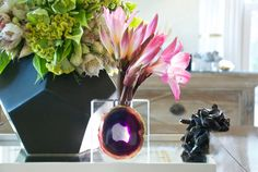 Crystal Vase with Agate. www.timestwodesign.com sales@timestwodesign.com or feel free to call 214.546.0918 #TimesTwoDesign