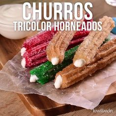 Video de Churros Tricolor Horneados Tatlı tarifleri – The Most Practical and Easy Recipes Mexican Dishes, Mexican Food Recipes, Sweet Recipes, Cake Recipes, Dessert Recipes, Delicious Desserts, Yummy Food, Tasty Videos, Diy Food