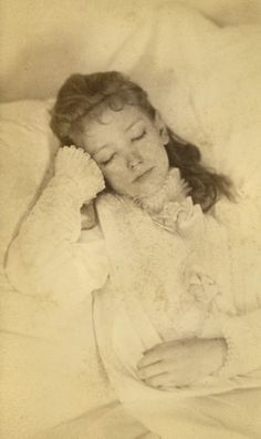 Victorian Post Mortem. Beautiful and unsettling at the same time.