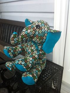 My first try at making a stuffed animal December 2013, Dinosaur Stuffed Animal, Sewing Projects, Elephant, Quilting, How To Make, Animals, Animais, Animales